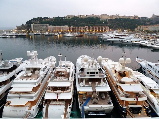 Yacht lineup